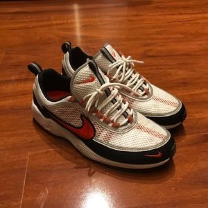 Nike Spiridon White and Orange size 9.5